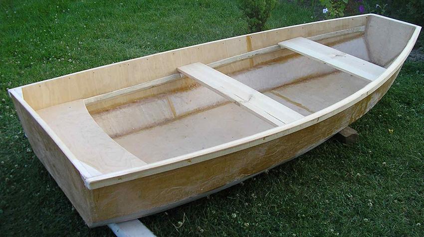 Охотничья лодка из фанеры своими руками