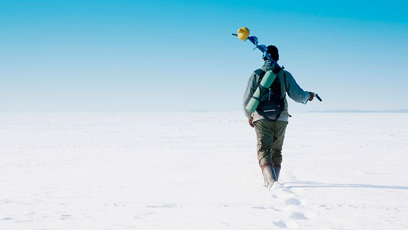 Что нужно для зимней рыбалки для начинающих? - одежда, оборудование, снасти и советы